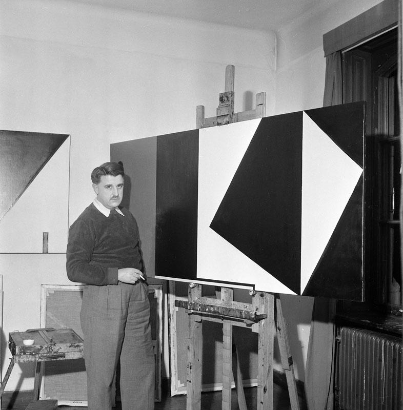 Olle Baertling in his studio in Stockholm, 1952.