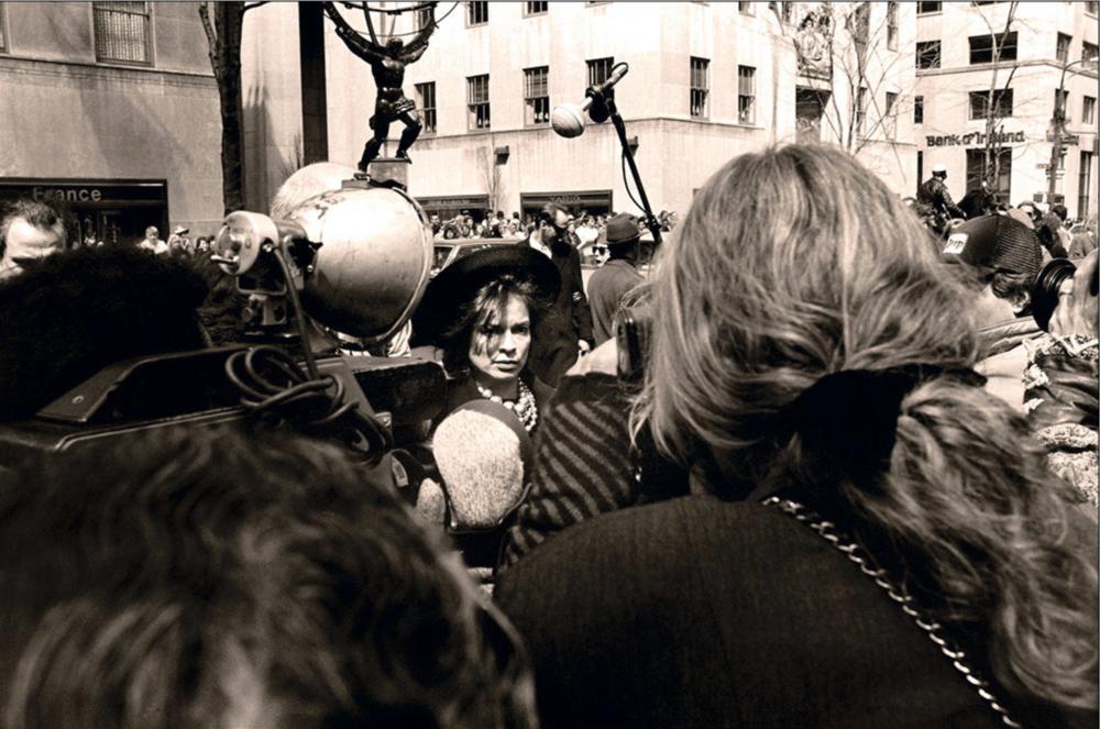 Christophe von Hohenberg - Photo: Christophe von Hohenberg. Bianca Jagger at Warhol's Memorial Service, New York 1987.