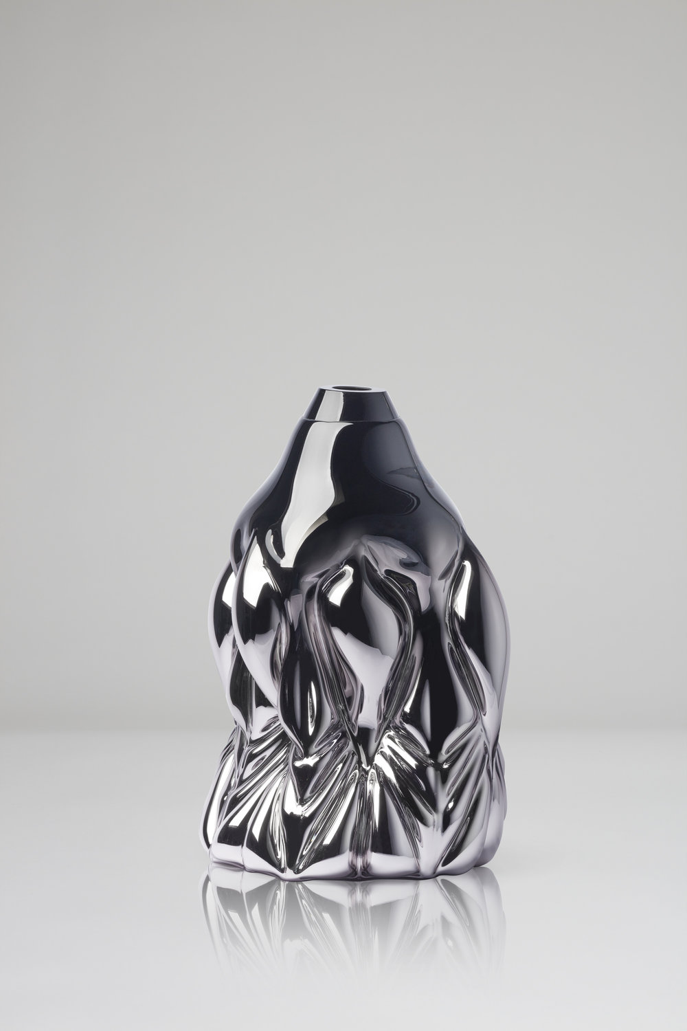 Goldfish Print, black metallic  2018, Boda Glasbruk Shape-blown glass, mirror foiled 48 cm x 32 cm Edition 1 + 2 AP