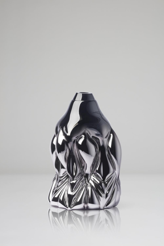Goldfish Print, black metallic  2018, Boda Glasbruk Shape-blown glass, mirror foiled 48 cm x 32 cm Edition 1 + 2 AP