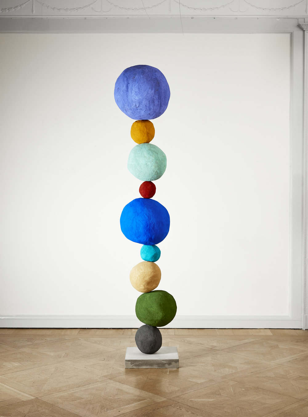 Annie Morris   Stack 9, Studio Violet,  2018 Foam core, pigment, concrete, steel, plaster, sand Height 223 cm