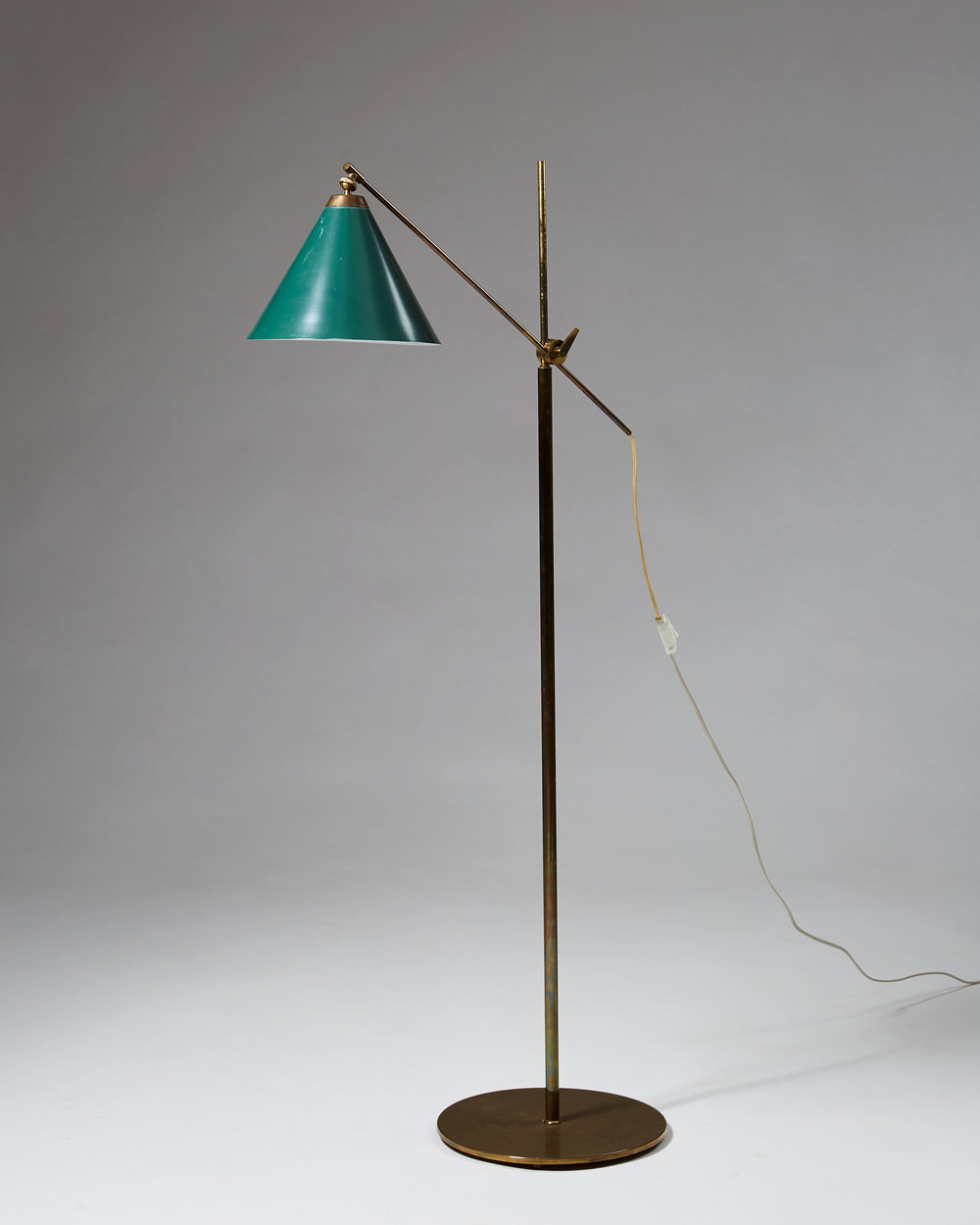 Poul Dinesen  Floor lamp Denmark, 1960's Brass and lacquered metal. Height: 137 cm Shade: 32 cm
