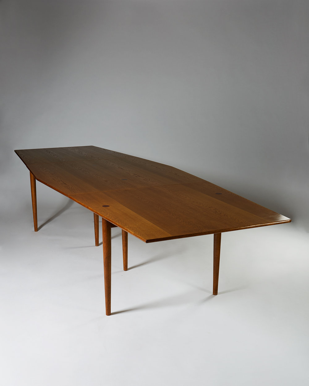 Edvard and Tove Kindt-Larsen Dining table  Denmark. 1960's Oak and rosewood details. 348 x 120 x 74 cm