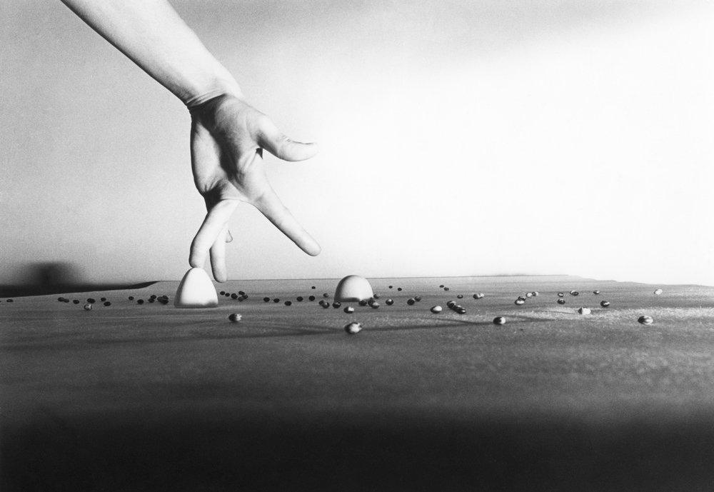 Eva Klasson   6. Untitled, from: Le Troisième Angle, Paris 1975  (2019) Gelatine silver print 27,5 x 39 cm