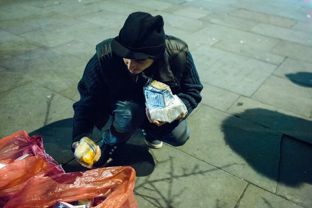 young-homeless-london-street-food.jpg