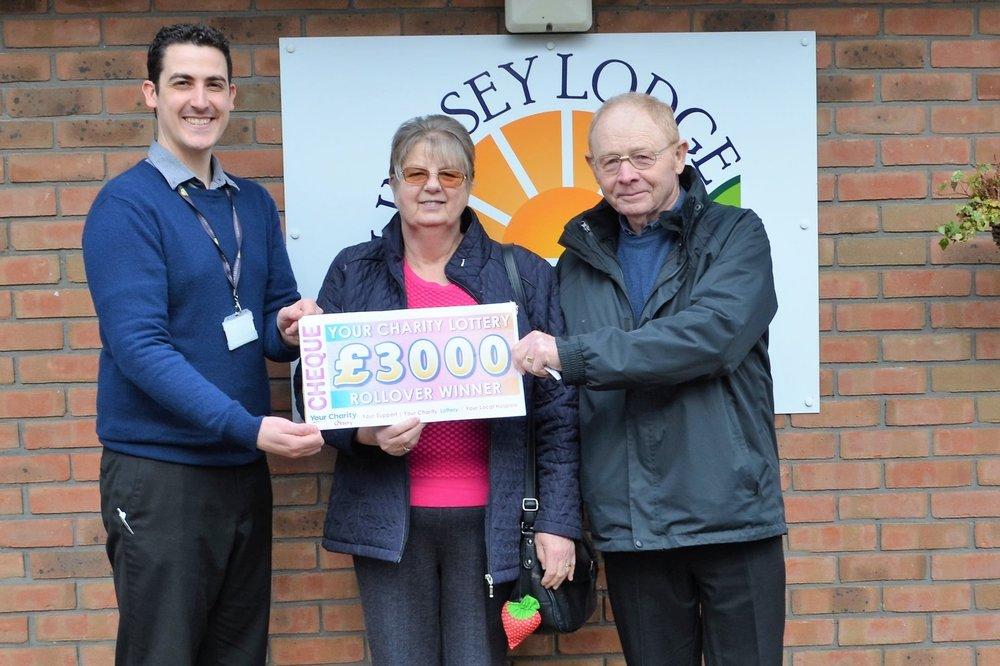 £3,000 rollover winner Mr and Mrs Walker LL Feb 18.jpg