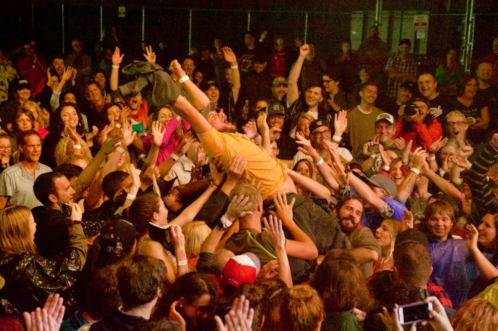 Crowdsurfer at Tweed 'Front Yard Shindig'