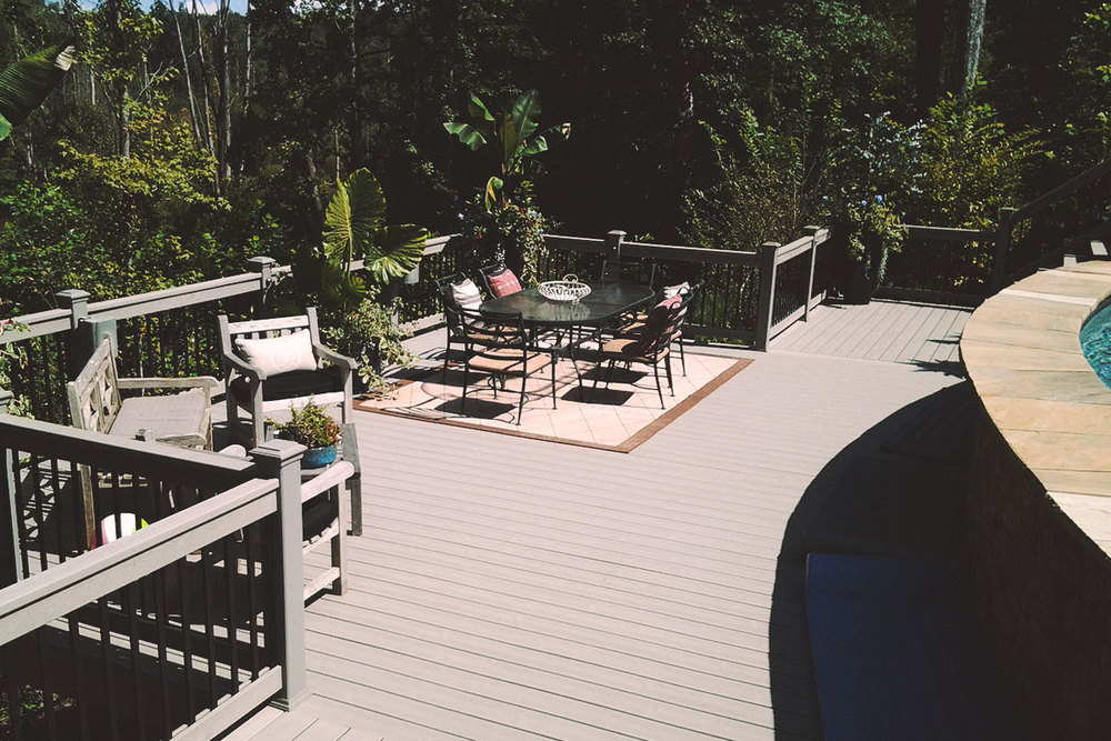composite deck + aluminum pickets