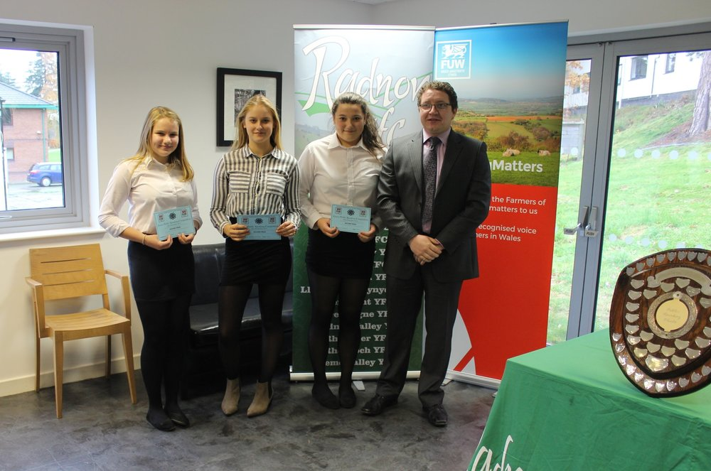 Eve Watkins, Emily Davies & Gemma Halstead, Dolau YFC with judge Hefin Jones gaining 2nd place.