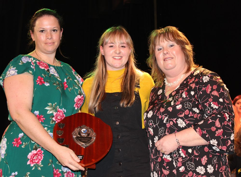 Georgia Price, Edw Valley YFC with Judges Katie Davies & Shelly Davies - Delyth Powell Shield for Overall Winner of the Time to Shine Competition.