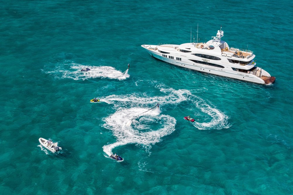 AMARULA SUN GUESTS: 12 | CABINS: 5 | CREW: 9  LOA: 49.99m | SPEED: 14kn | PRICE: $230,000 p/w
