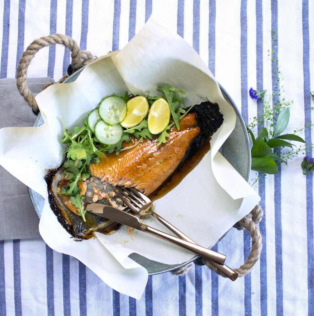 trout-dinner-served-in-basket-everyday-allergen-free.jpg