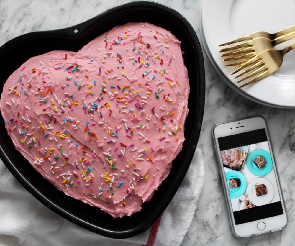 valentines-day-heart-shaped-chocolate-cake-dialas-kitchen.JPG