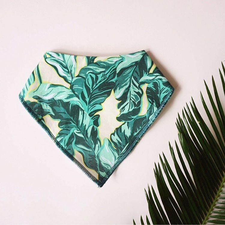 Lisa-Ho-ALWAYSxALWAYS-palm-leaf-baby-bib.jpg