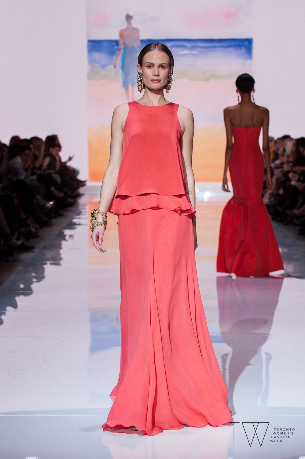 david-dixon-dr-john-semple-tw-toronto-womens-fashion-week-photo-credit-che-rosales-coral-look-2.jpg