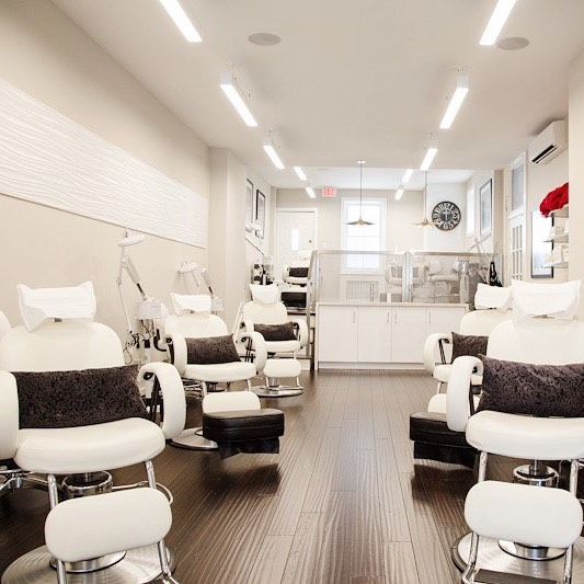 Blitz Facial Bar - Roncesvalles location (photo: Blitz Facial Bar Instagram)