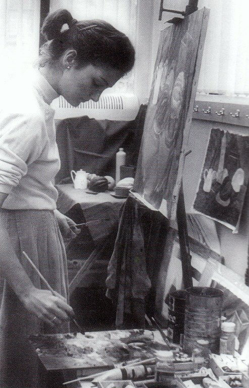 Sarah in a painting class at Smith College, Massachusetts, where she attained her BA in English Literature; 1979