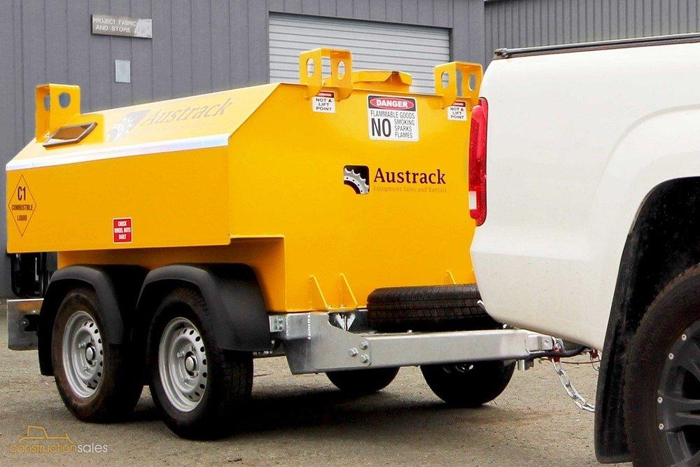 Austrack-fuel-bowsers_2.jpg
