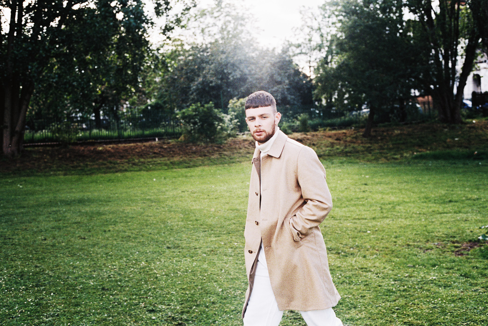 Tom Grennan ( https://www.facebook.com/TomGrennanMusic )