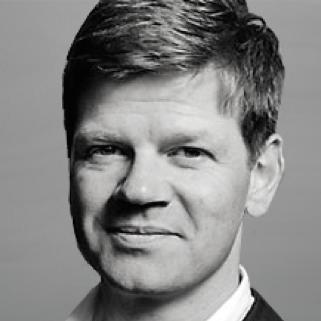 Der Schweizer Unternehmer Daniel Aegerter hat Energy for Humanity mitgegründet um seine philantropischen Anliegen im Bereich der Energieversorgung der Zukunft umzusetzen. Als einer der erfolgreichsten Tech-Unternehmer der Schweiz sieht Daniel Aegerter sauberen Strom als die hochwertigste Energieform an, die es auf Kosten von fossilen Energien massiv auszubauen gilt.