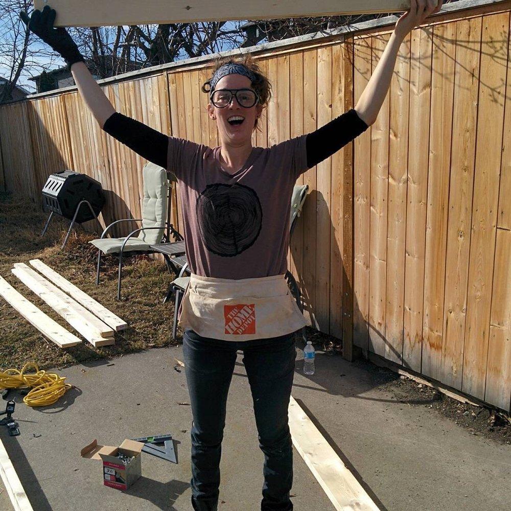 Tiny House Builder and self-made Solar Power Expert, Leah Neigum!