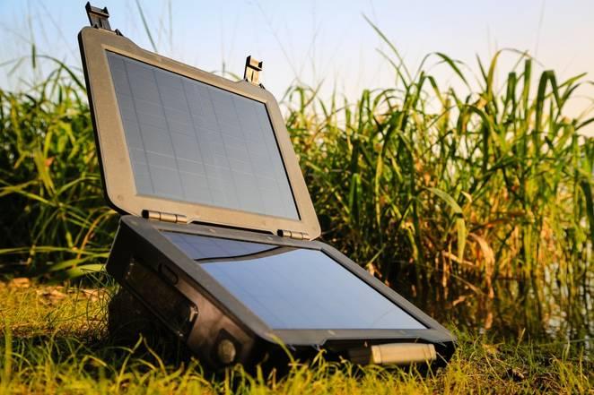 renogy-phoenix-solar-briefcase.jpg.662x0_q70_crop-scale.jpg