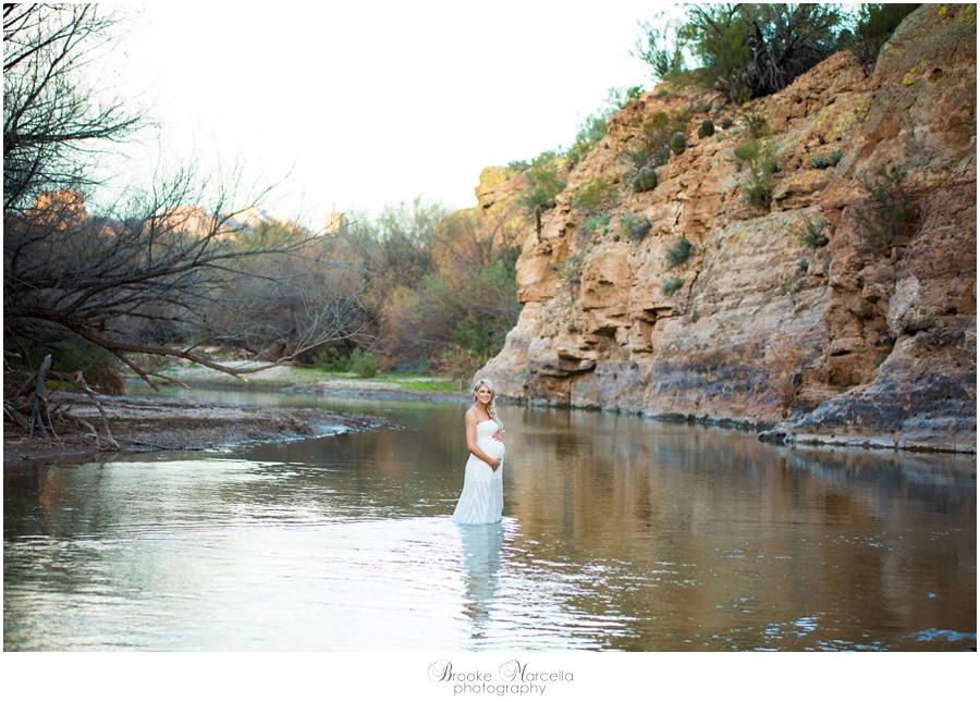 WaterMaternityPhotography2.jpg