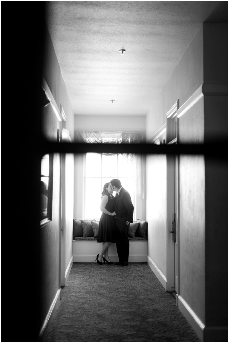 01DowntownPrescottEngagment.jpg