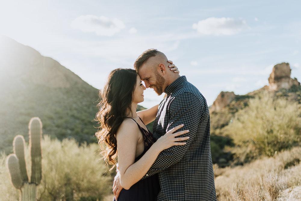 Canyon Lake Couples Photos in the Arizona Desert