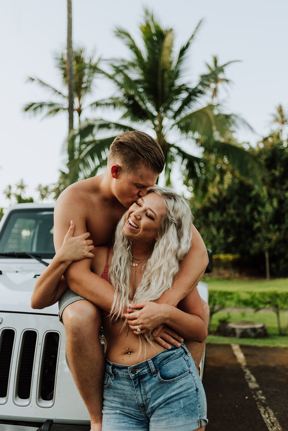 Engagement Photos in Hawaii with a Jeep Wrangler