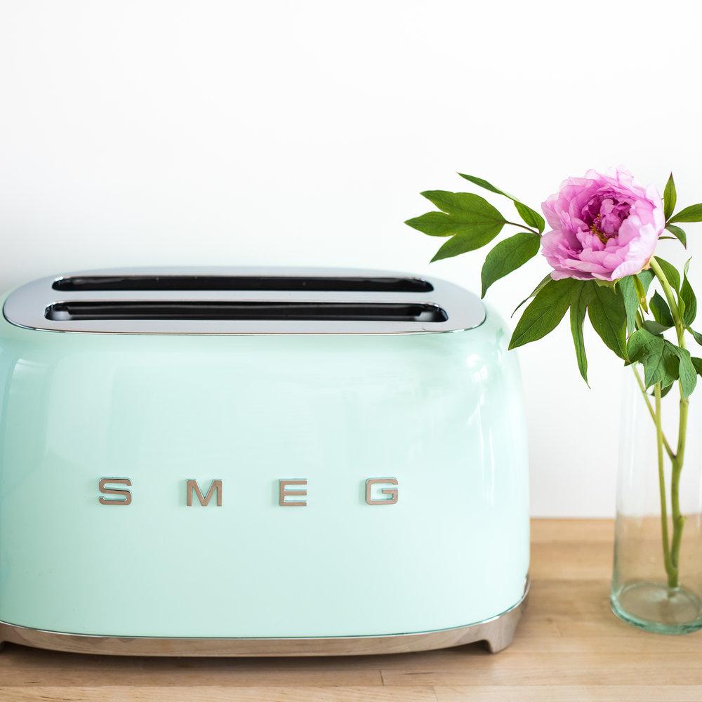 Toaster by  SMEG