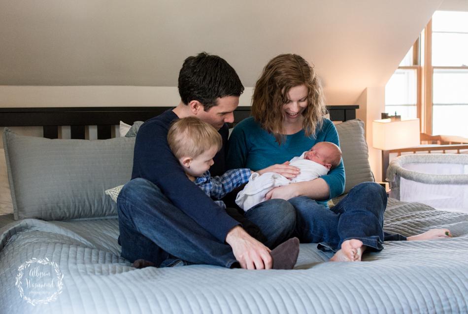 twin cities newborn photographer, lifestyle newborn photography