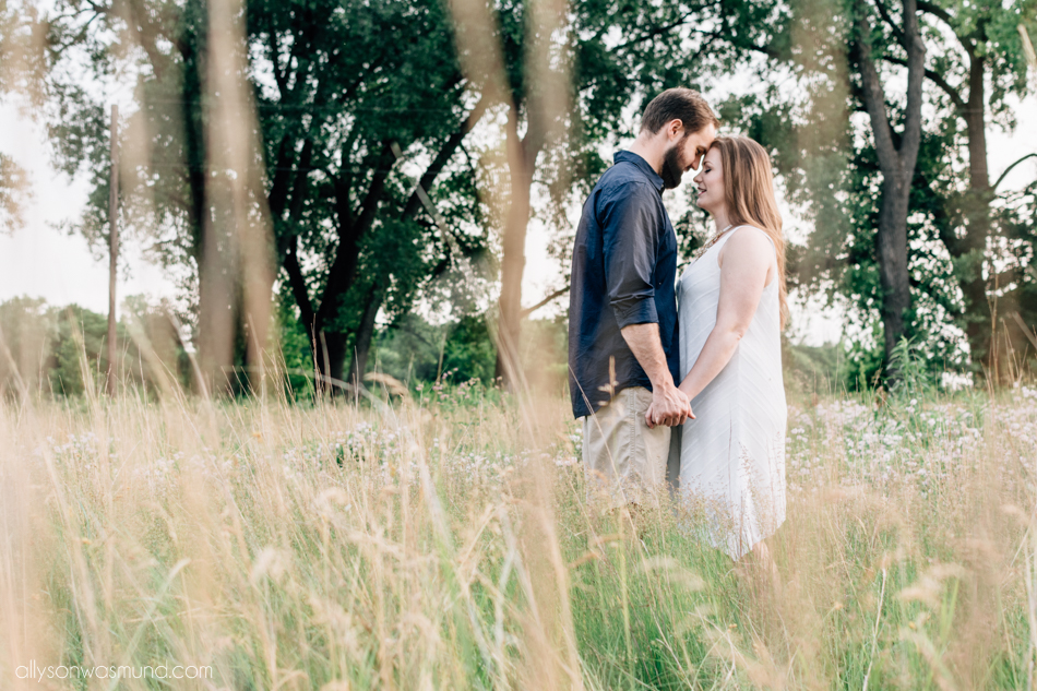 love story | St. Paul couples photographer | Allyson Wasmund Photography