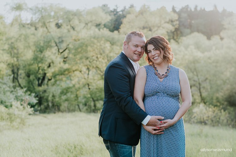 lakeville-minnesota-outdoor-maternity-session
