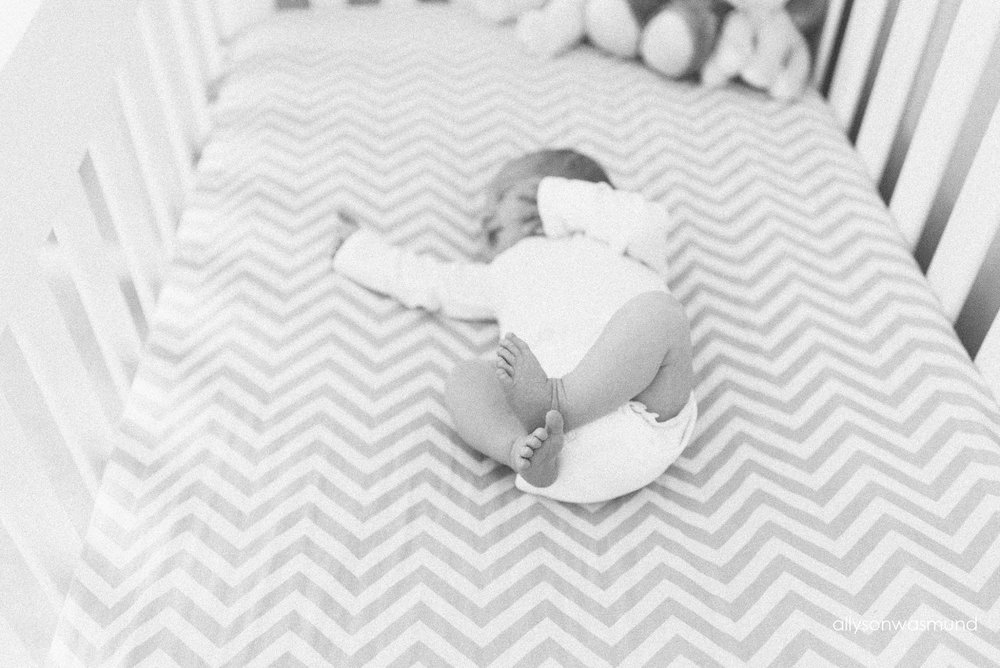 bloomington-mn-in-home-newborn-photographer_1531.jpg