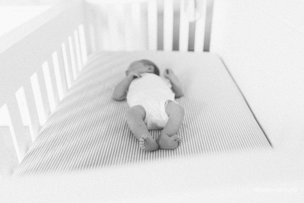 twin-cities-lifestyle-newborn-photographer_0169.jpg