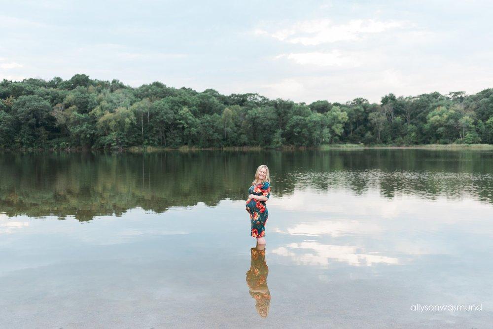 eagan-mn-outdoor-maternity-film-photographer-kara-joe_0236.jpg