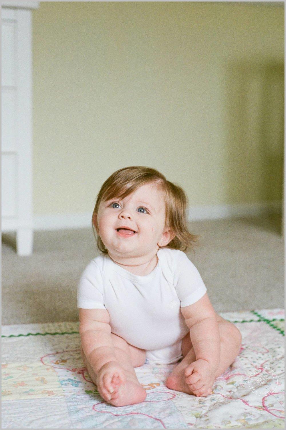 minnetonka-baby-milestone-lifestyle-film-photographer_0051.jpg