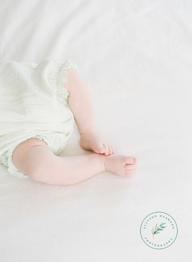 woodbury-mn-newborn-photographer_0011.jpg