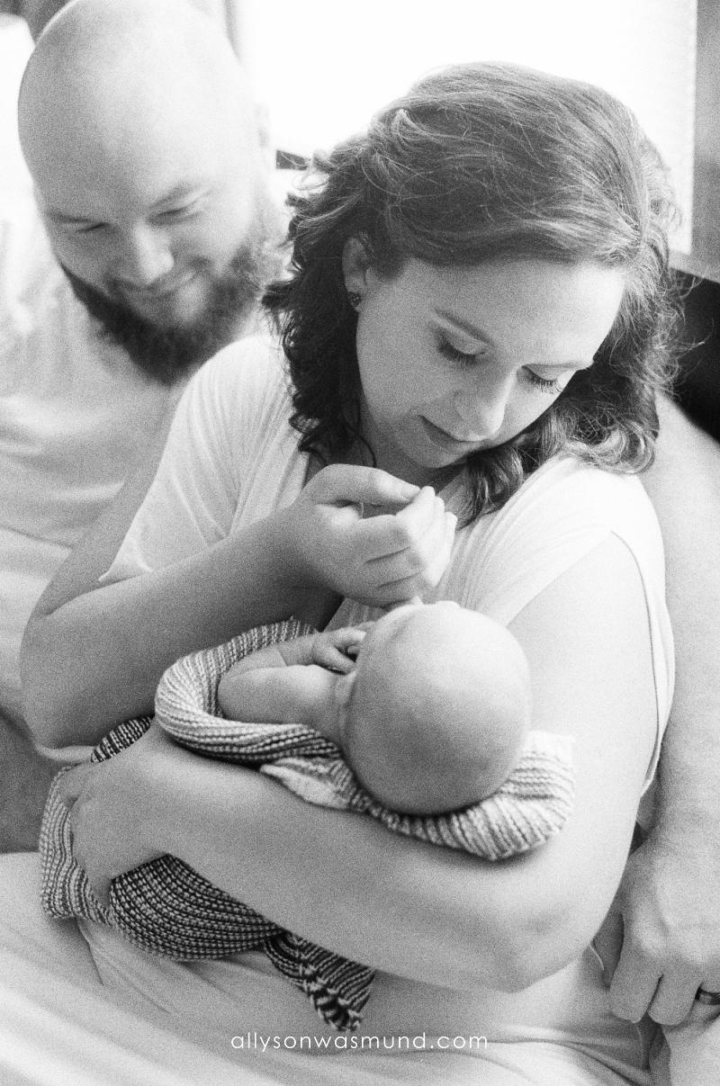 west-st-paul-mn-newborn-film-photographer_0003.jpg