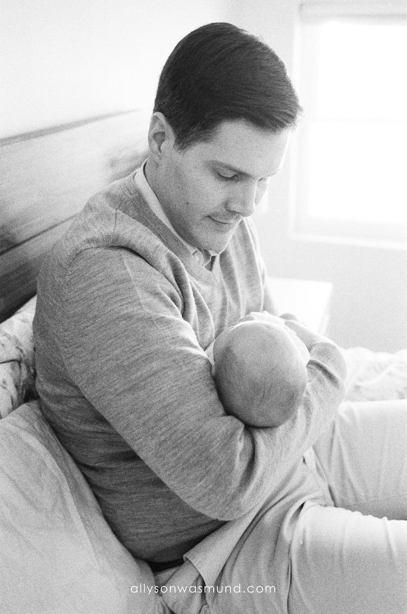 st-paul-mn-lifestyle-newborn-film-photographer_0019.jpg