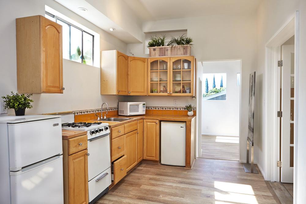 32. A.I._9665 Kitchen.jpg