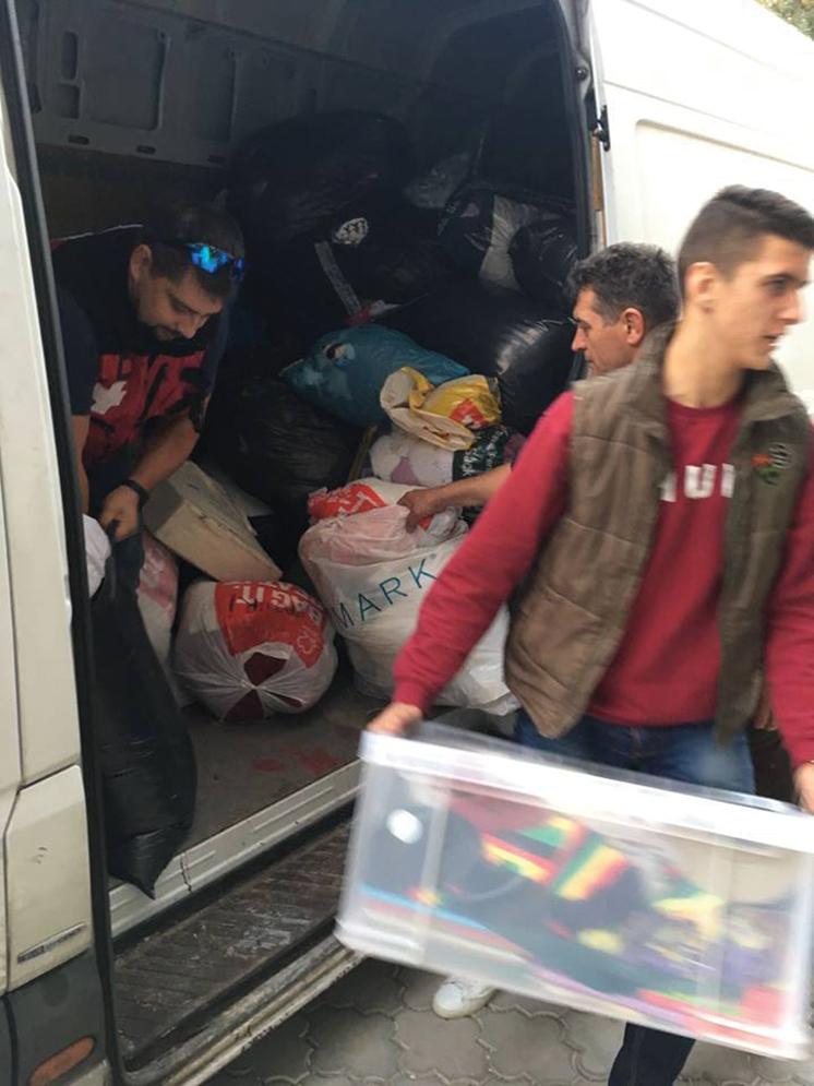 Transport Umanitar - Transportul umanitar este un proiect prin care ne dorim să ajutăm cât mai mulți copii din orfelinate, cu dizabilități, familii sărace sau cu situații precare din România și Republica Moldova. Până acum aceste pachete au fost transportate cu ajutorul unor oameni ce au dorit să ofere o mână de ajutor în acest sens. Pe viitor însă, ne dorim să avem un van al organizației pentru ca acest proiect, transportul umanitar, să nu fie întrerupt din motive logistice.