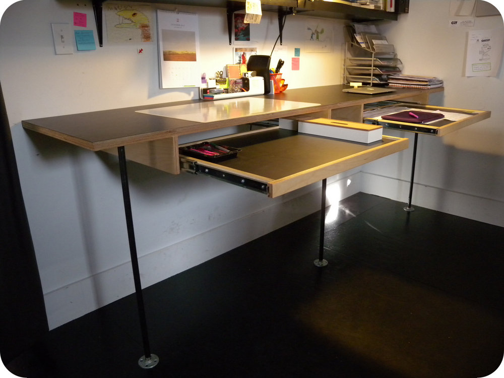 Bon Office Desk With Pull Out Work Surface