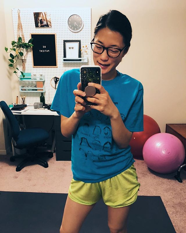 Hey ladies! I got a workout in finally!! Was ready to go with the #5ambootycallcrew and got through HIIT with @karenadawn! Had to make some mods but I'm so happy to have gotten it done. ☺️ . . This LYB challenge has turned out very different than what I imagined. It's much harder to stay on track than I thought because LIFE just happens! But I know that I can take the time I need to refocus and then get right back into it. I'm learning to be gracious with myself! 😁