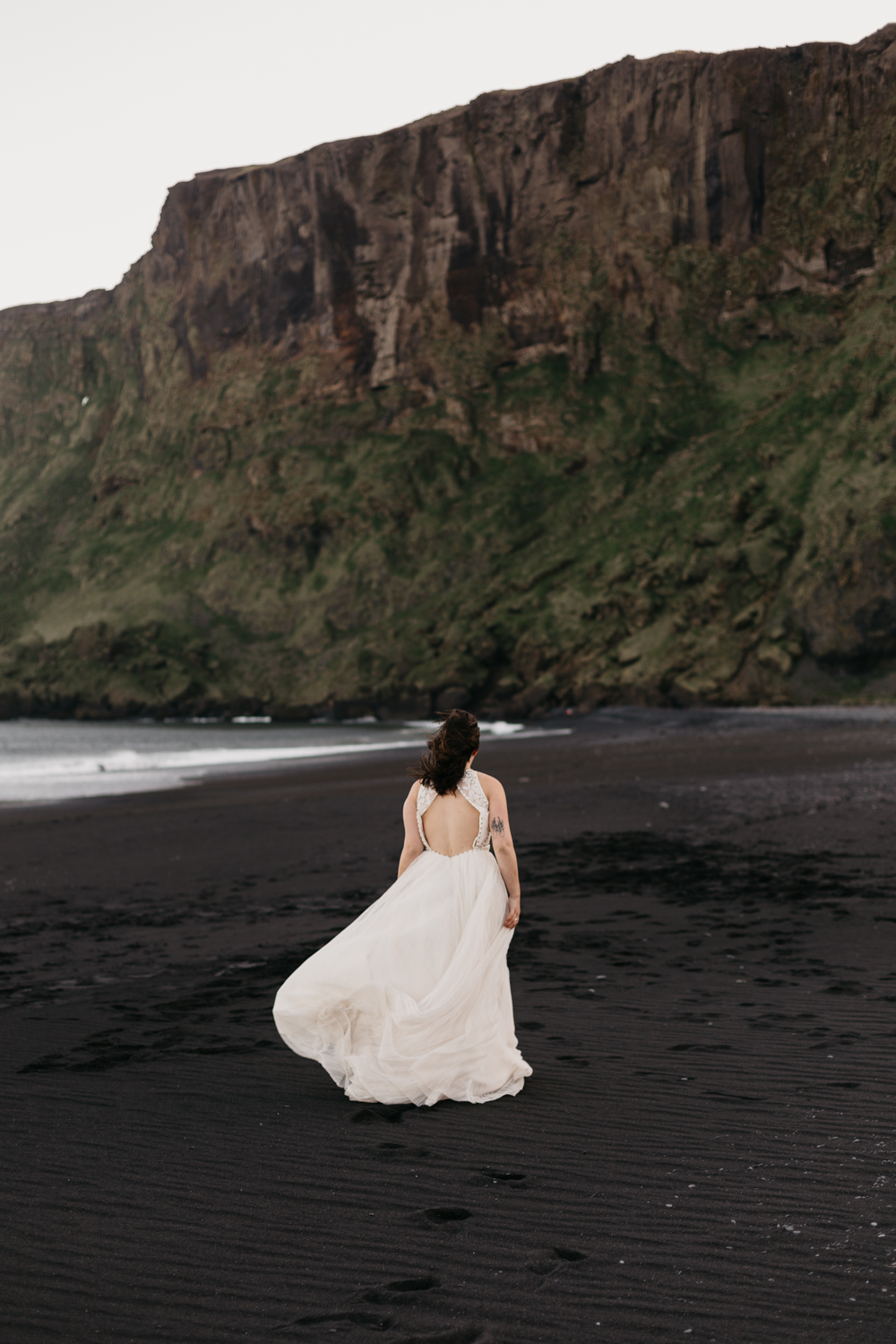 anna szczekutowicz iceland wedding photogapher elopement photographer-67.jpg