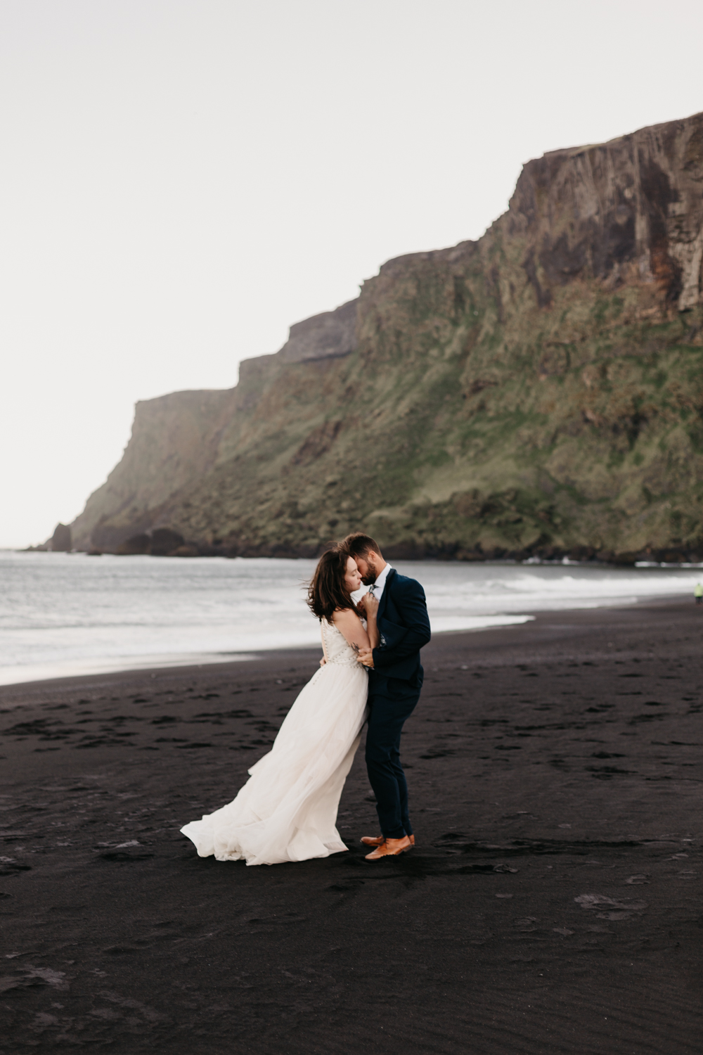 anna szczekutowicz iceland wedding photogapher elopement photographer-91.jpg