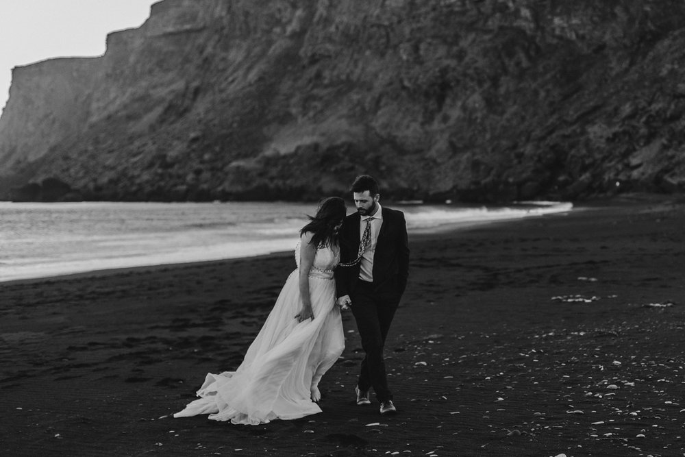 anna szczekutowicz iceland wedding photogapher elopement photographer-117.jpg
