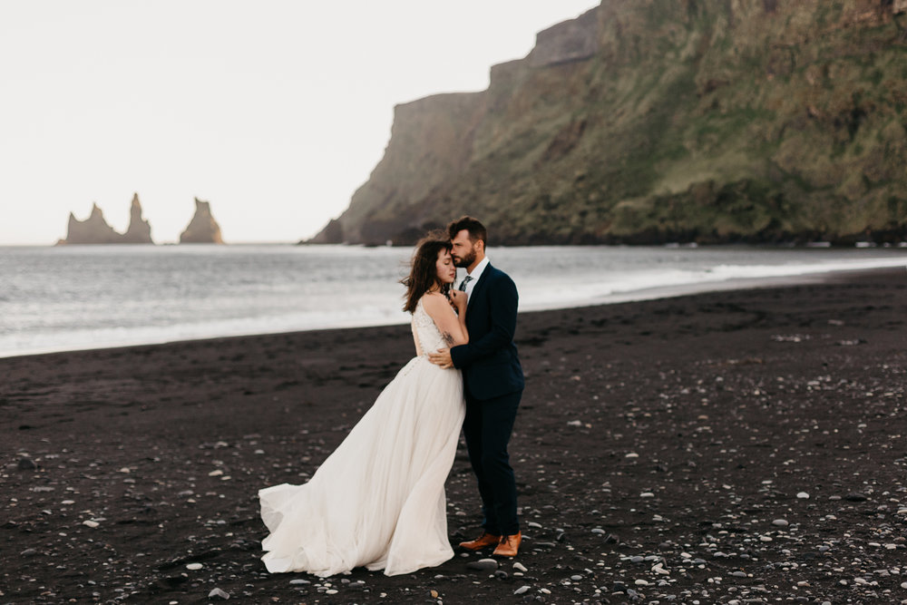 anna szczekutowicz iceland wedding photogapher elopement photographer-118.jpg