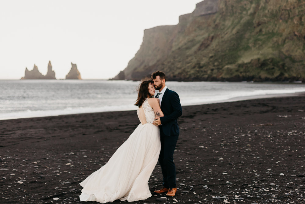 anna szczekutowicz iceland wedding photogapher elopement photographer-119.jpg